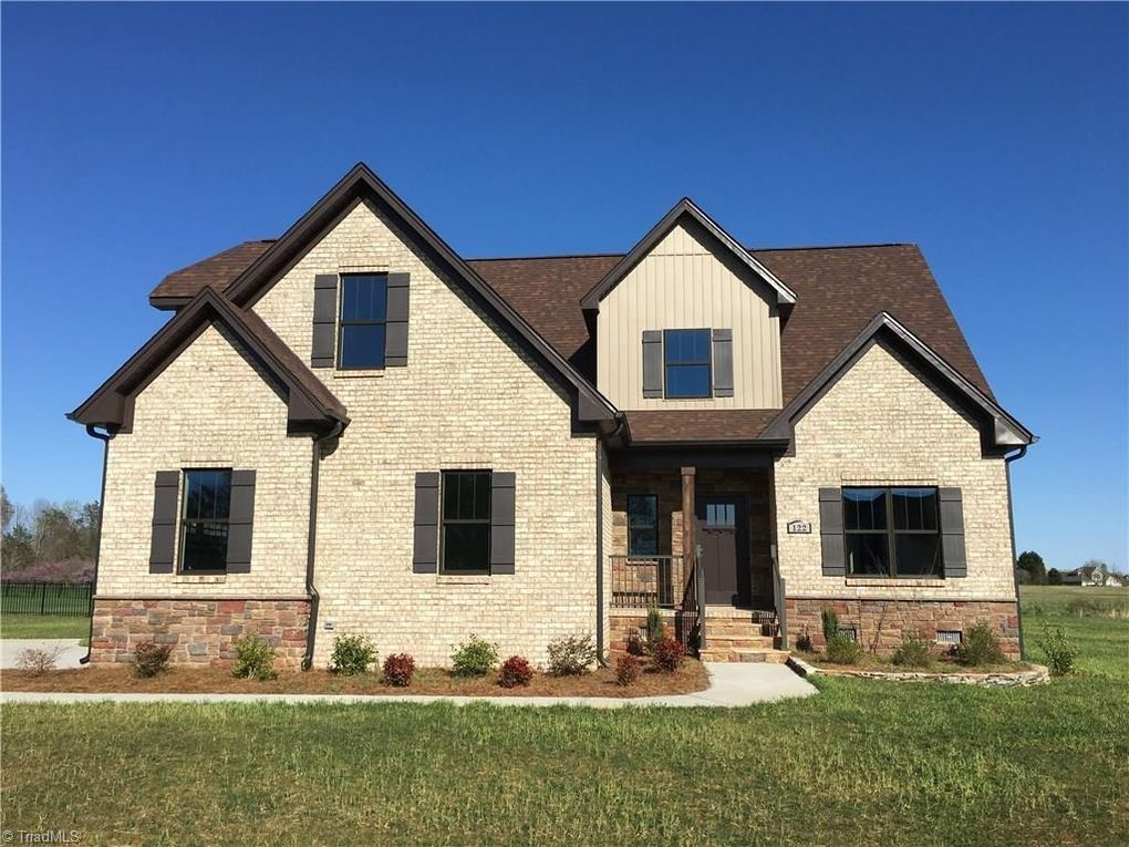 360 Property Tour of 122 Caudle Meadows Drive , Advance, NC 27006